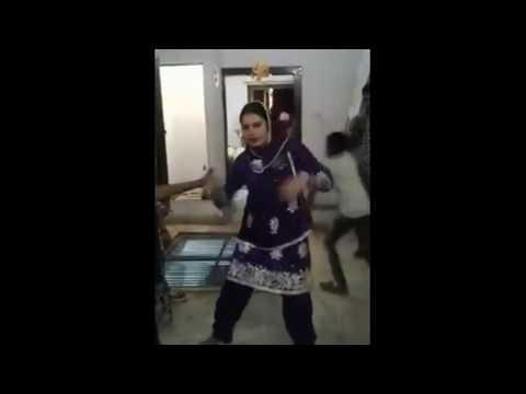Video Indian Muslim Bhabi  DJ Dance download in MP3, 3GP, MP4, WEBM, AVI, FLV January 2017