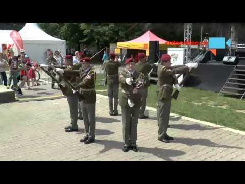 Čestná stráž AČR - vystoupení na Bambiriádě v Praze