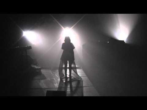 Dillon - Contact Us - live Kammerspiele Munich 2014-03-30