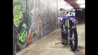 Download Lagu Yamaha YZ250 2 Stroke Cold Start Mp3