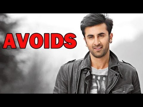 Ranbir Kapoor AVOIDS questions on personal life