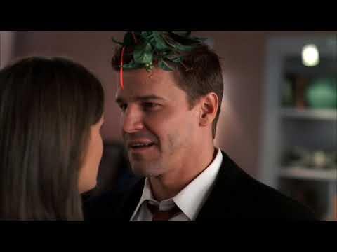 Bones Extended Kissing Scene 'Santa in the Slush' S03E09