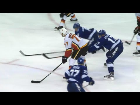 Video: Jankowski toe drags around Lightning defence to score for Flames