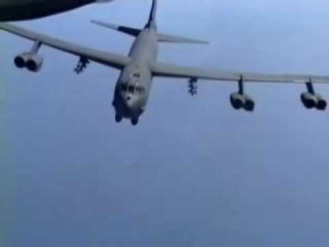 bombs - Lots of Bombs being dropped by the B-52 Stratofortress ..Great Footage here ================== Performance * Maximum speed: 560 knots (650 mph, 1000 km/h) *...
