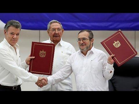 Κολομβία: Υπεγράφη η ιστορική κατάπαυση του πυρός με τους αντάρτες FARC