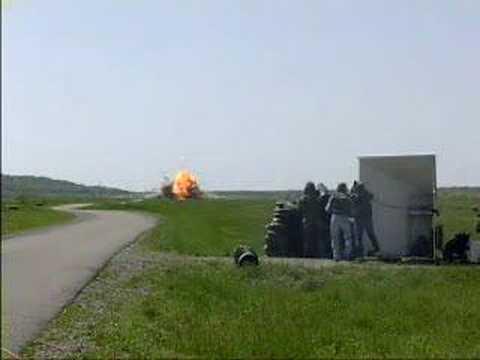「対戦車ミサイルの実験映像」のイメージ