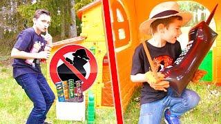 IL A VOLÉ TOUS LES PRINGLES ! - kids pretend play with Pringles