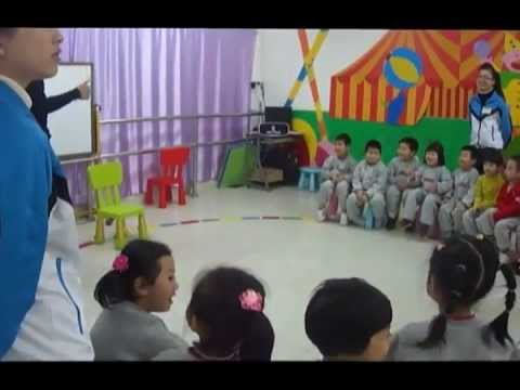 esl class - This is a video of an ESL open class for 4 year olds I gave at a kindergarten in Shenzhen China. I teach each class once a week, so their level is not so hig...