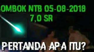 Video MENGEJUTKAN!!!ada Cahaya Misterius Berwarna Hijau Saat Gempa di Lombok NTB ,Pertanda Apa ?? MP3, 3GP, MP4, WEBM, AVI, FLV Januari 2019