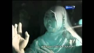 Download Video DUA DUNIA MAKAM SYEH QURO mp4 .full ( 26-09-2012 ) MP3 3GP MP4