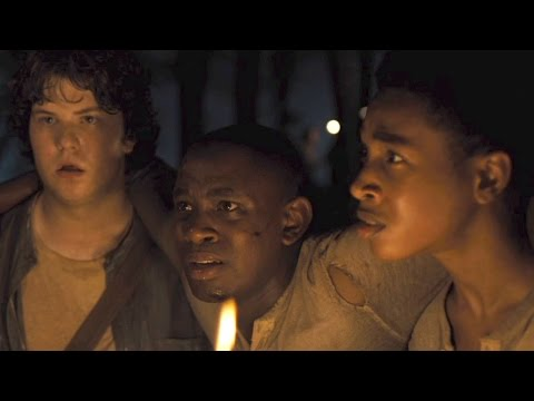 The Maze Runner Clip 'Grievers'