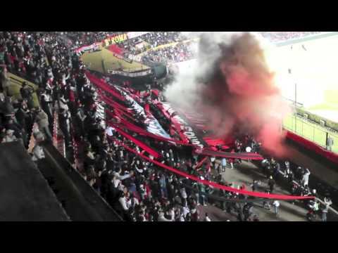 """Video - Hinchada de Colon de Santa Fe """" Los de siempre"""" - Fiesta negra - Los de Siempre - Colón - Argentina"""