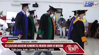 43 Lulusan Akademi Komunitas Negeri Diwisuda