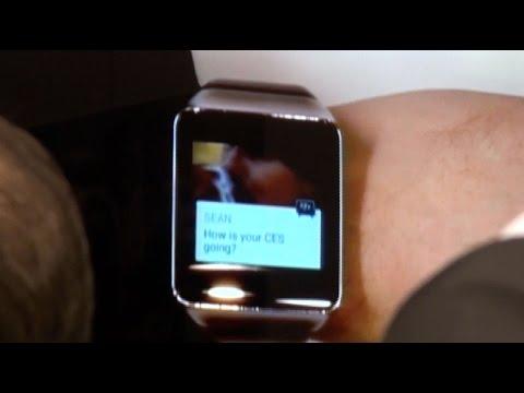 CES 2015: BBM corriendo en smartwatches con Google Wear (demo)