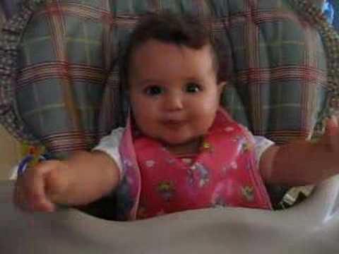 Risa malvada de un Bebé