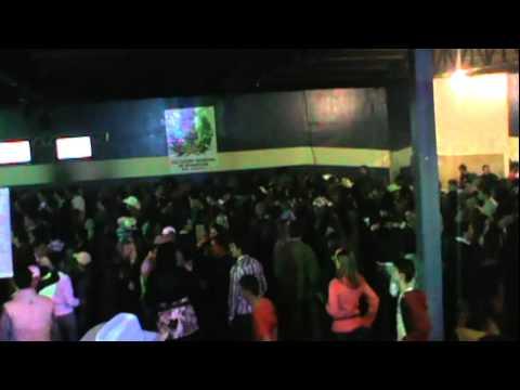 show com amigos com  victor e mateus em nhandeara  09/06/2012