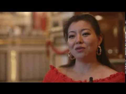Intervista al soprano Hui He