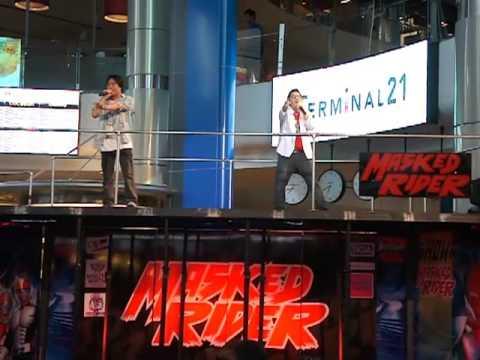 จังโก้ - มาต่อกับอีกเพลงที่ร้องในงานเปิดตัวเสื้อผ้า Masked Rider เนื่องจากตีมงานเป็น hero...