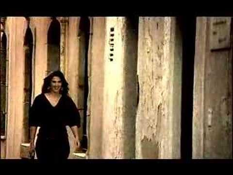 Nuria Fergó - De Vuelta lyrics