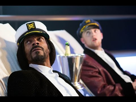 Hilarious scene Featuring Snoop Dogg & Mac Miller from Scary Movie 5