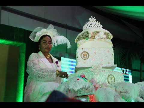 KING SUNNY ADE SINGS FOR MOTHER OF ROYALTY, ERELU ABIOLA DOSUNMU ON HER 70TH BIRTHDY