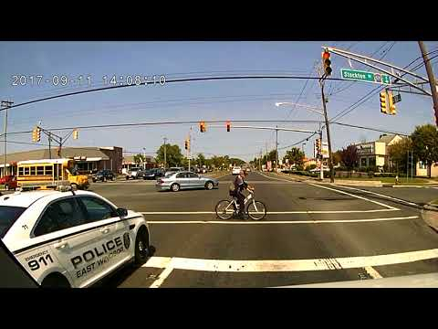 East Windsor Police (NJ) Mad Dash for Dunkin Donuts US Rt 130