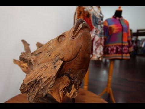 BATIK INDAH DAN MEBEL KAYU ANTIK (Inspiring form Youke Batik and Craft) видео