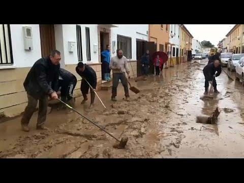 Ισπανία: Πυροσβέστης έχασε τη ζωή του στη Μάλαγα, εξαιτίας των πλημμυρών…