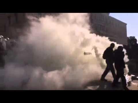 Επεισόδια στο αγροτικό συλλαλητήριο στο Σύνταγμα