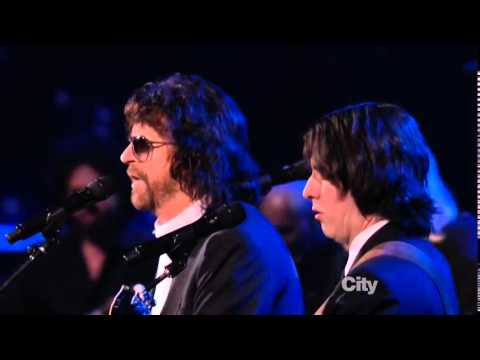 Jeff Lynne, Dhani Harrison and Joe Walsh: Something ...