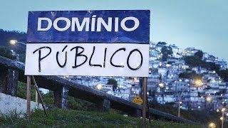 Entre 2011 e 2014, o documentário investigou as transformações no Rio de Janeiro por conta dos megaeventos: UPPs nas favelas, remoções forçadas, ...