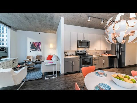 An 04-tier 1-bedroom model at the Loop's new Linea apartments
