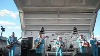 video y letra de TE SIGO AMANDO por Adolfo Urias