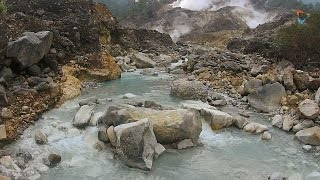 Download Video DRONE JOURNALISM: Kawah Ratu Gunung Salak MP3 3GP MP4