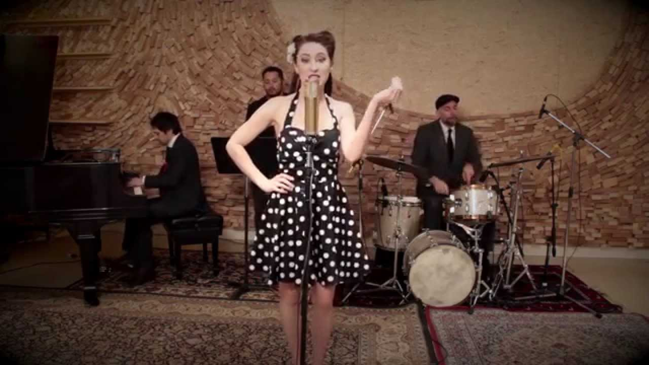 Paper Planes – Vintage 1940's Style MIA Cover ft. Robyn Adele Anderson