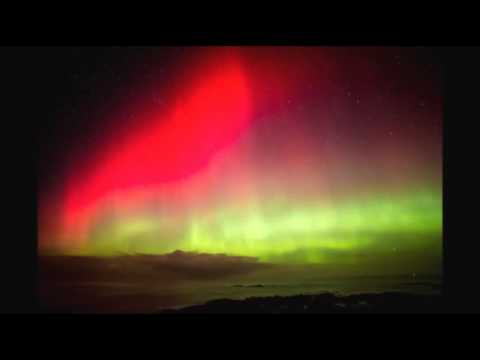 northern lights - http://smarturl.it/AssociatedPress A beautiful display of dancing lights illuminated the skies of Britain and Ireland on Thursday night through to Friday mor...