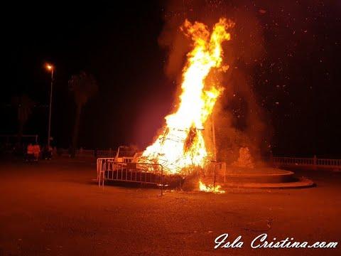 Tradicional Entierro de la Sardina Isla Cristina