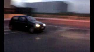 """CLIO SPORT 2004 """"FUYIKI""""- MARCANDO CURVAS Y...... COMO SUENA"""