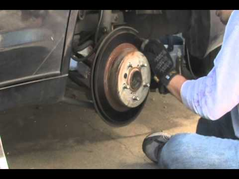 Replacing Rear Disc Brake Pads/Shoes on Toyota 2nd Gen Avalon 00-04 Save $100