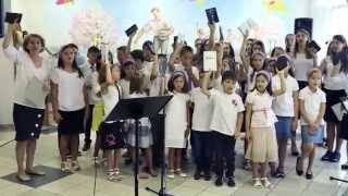 Coro dei bambini Philadelphia alla Casa di riposo Solidarieta di Azzano Decimo