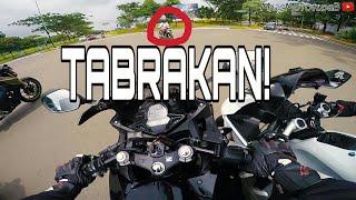 Video #149 Lagi Asik SUNMORI Malah Tabrakan Gara Gara Orang Egois... MP3, 3GP, MP4, WEBM, AVI, FLV September 2018
