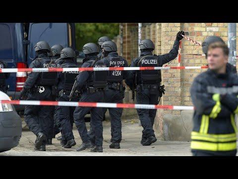 Halle: Zwei Todesopfer nach Schüssen, eine Person fest ...