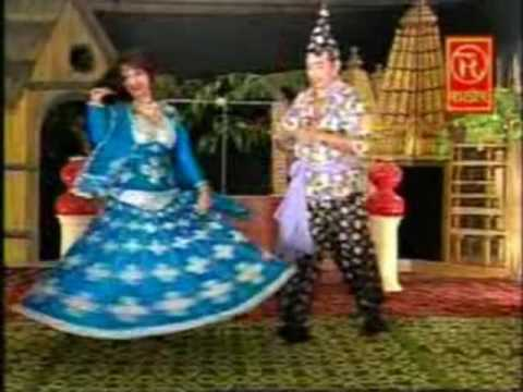 Video Main Nikla Gaddi Leke | देहाती रसिया | Soni Chhammak Chhallo, Kamal Hasan | Rathore Cassettes download in MP3, 3GP, MP4, WEBM, AVI, FLV January 2017