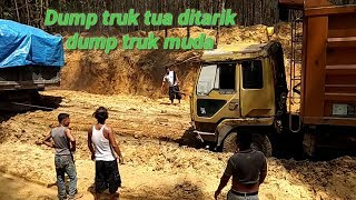 Video Dump truk tua di tarik dump truk muda MP3, 3GP, MP4, WEBM, AVI, FLV Januari 2019