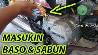 Video GILA..!! Masukin Baso, SAbun, PISANG, Minyak Goreng ke MEsin ( JANGAN DI TIRU ) MP3, 3GP, MP4, WEBM, AVI, FLV Maret 2019