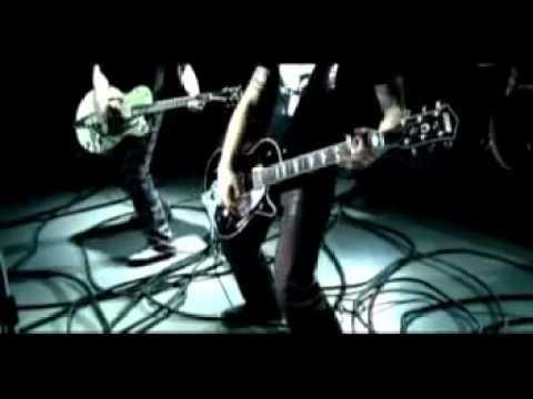 Prime STH - Pieces (2004) (HD 720p)