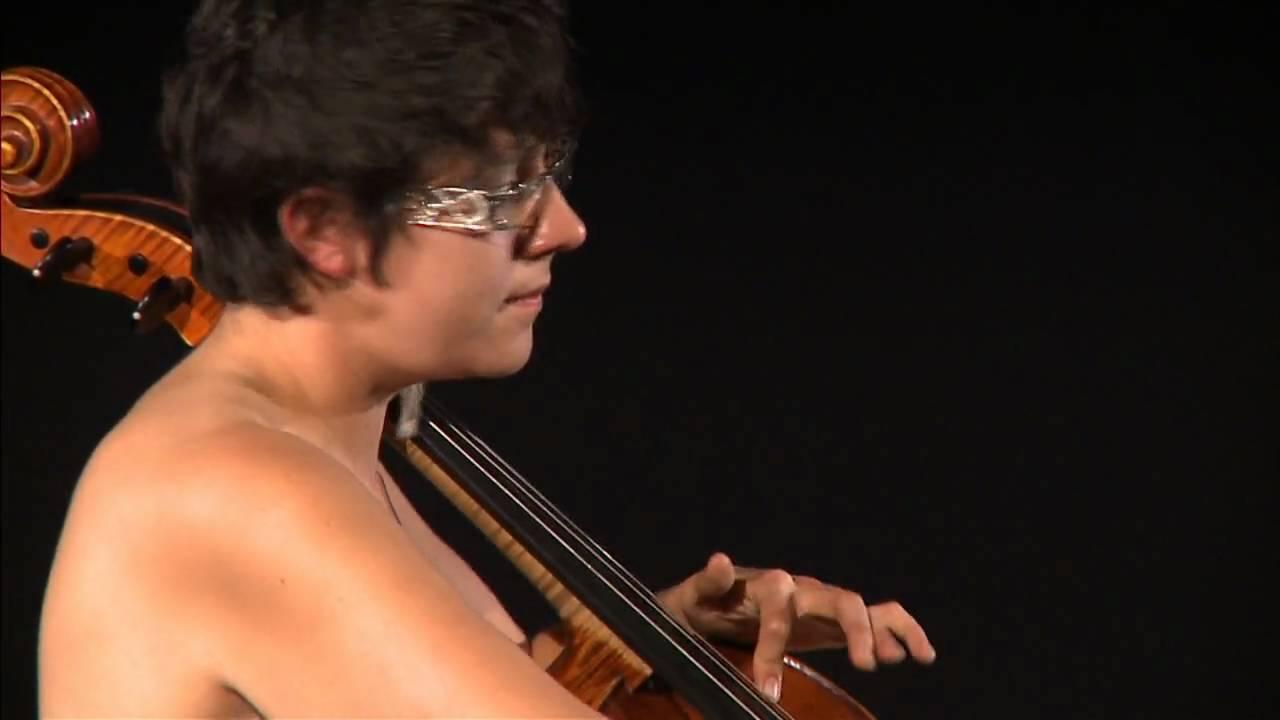 Cris Derksen Musical Performance