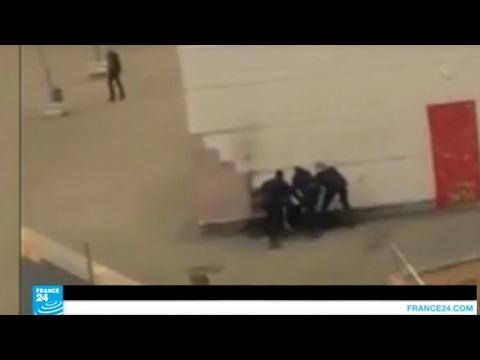 #فرنسا : غضب في إحدى ضواحي #باريس بعد تعرض شاب للاغتصاب على أيدي رجال شرطة