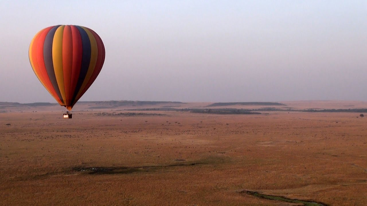 Balloon safari (Courtesy of Governors camp Masai Mara.)