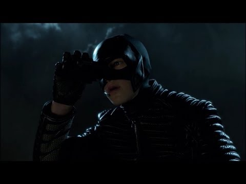 Batman gets caught trying to stop Selina from stealing weapons! | Gotham | Season 4 - Episode 3!